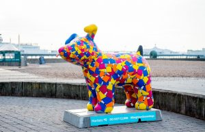 Process Pup on seafront cropped